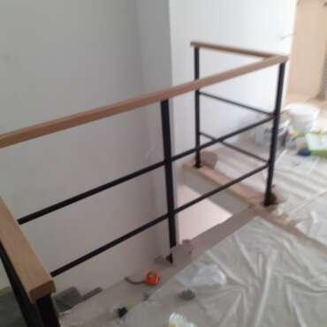 Balustrada Czarna Drewno z Metalem