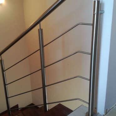 balustrada chromoniklowa do schodów
