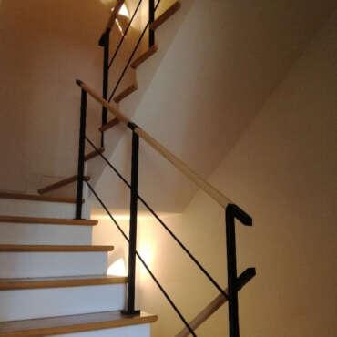 poręcze z czarnej stali schodowe
