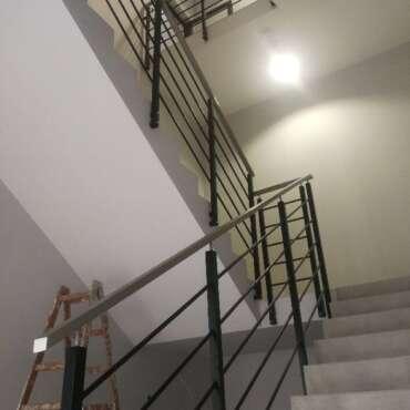 barierka malowana proszkowo do schodów