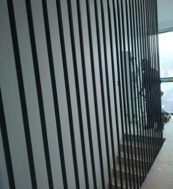 nowoczesne barierki typu harfa