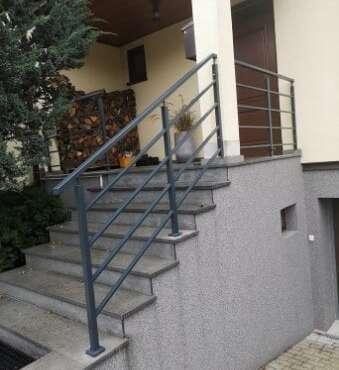 stalowa balustrada schodowa